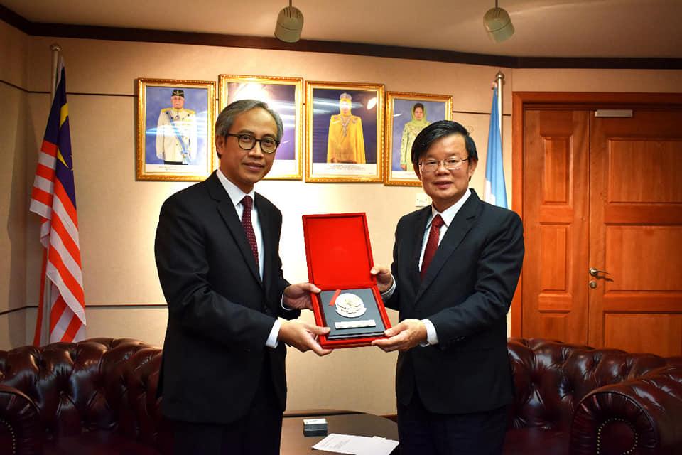 Kunjungan Kehormatan Kepada Ketua Menteri Pulau Pinang Yang Amat Berhormat Tuan Chow Kon Yeow