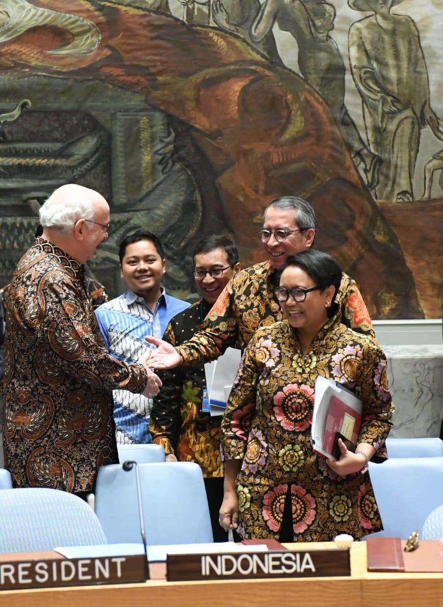 Diplomasi Batik Mewarnai Dewan Keamanan Pbb